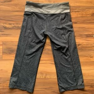 Lululemon cropped pants 6